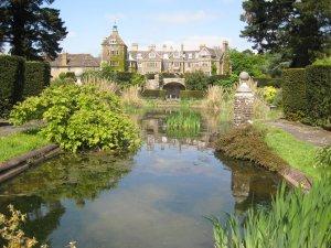 Gardens Open with National Gardens Scheme